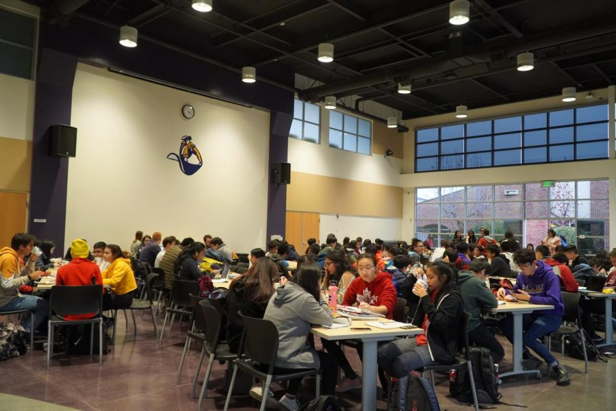 The study session was held from 3:30-6 p.m. , and hosted around 100 students. Photo by Justine Ha