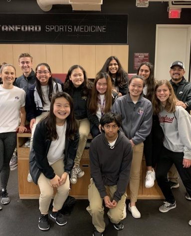 MV Sports Medicine Club at the Stanford ATR. Photo from @mvsports_medicine