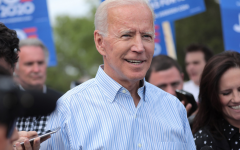 Biden speaks with attendees at an event in Iowa in 2020, || Licensed under CC
