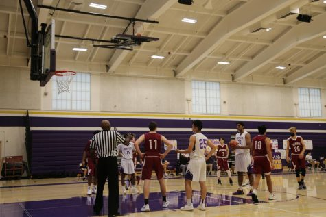 Senior Rohan Shah sets up for a free throw as the team's deficit decreases in the second half. Photo by Elena Khan